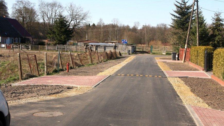 Remont drogi gminnej nr 003018F w m. Mostki zakończony