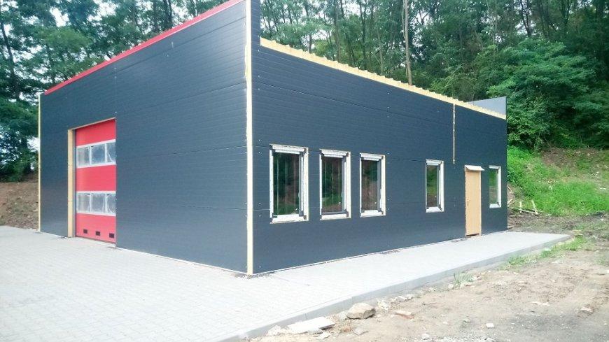 Budowa remizy w miejscowości Nowa Wioska (4.08.2020)